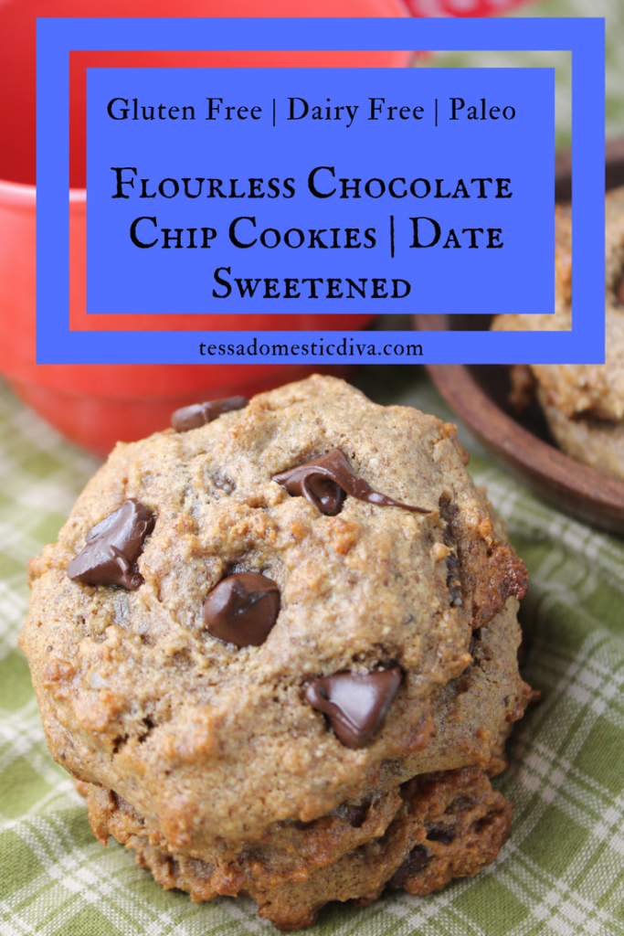#GlutenFree #DairyFree #paleo Flourless Date Sweetened Chocolate Chip Cookies