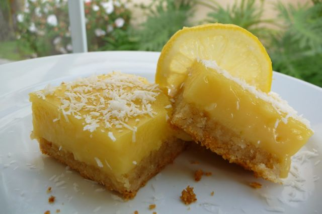 ... Luscious Lemon Bars, Grain Free Fruit Squares, Thai Iced Tea & More