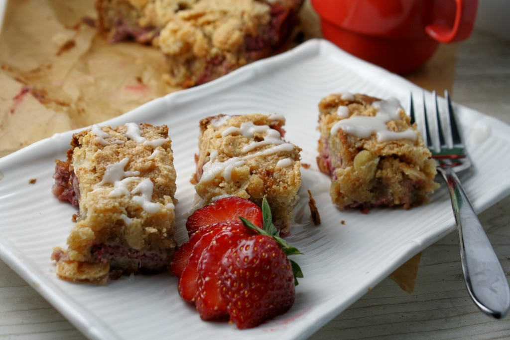 Grain Free Strawberry-Almond Coffee Cake