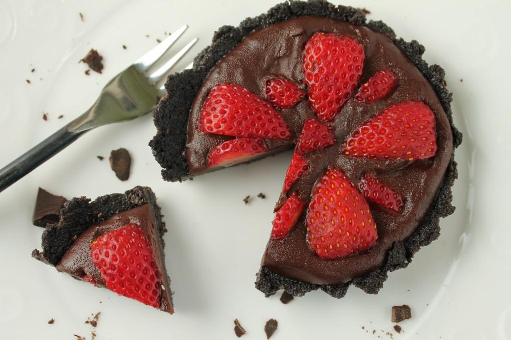 Fresh Strawberry Pie in a Cookie Crust - gf & vegan w/ grain free option