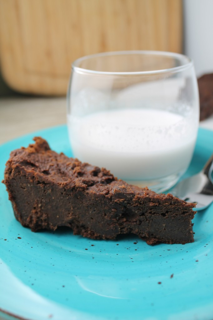 Fudgey & Decadent Date Sweetened Brownies - Gluten Free & Vegan