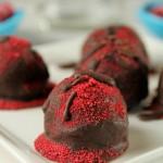 Paleo Dark Chocolate Raspberry Truffles
