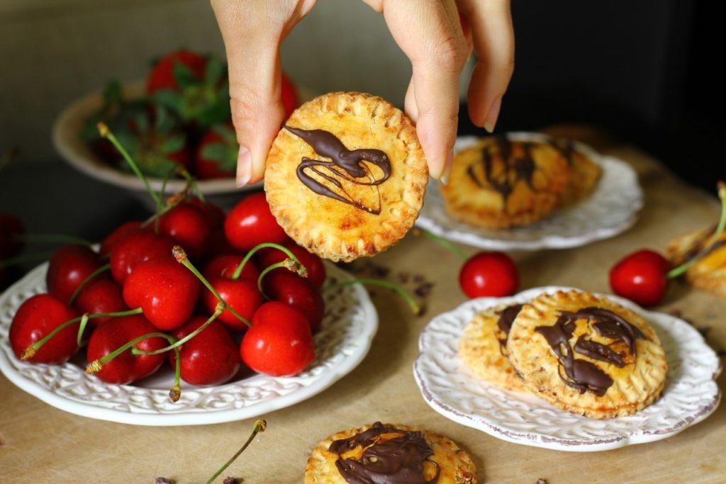 gluten-free-treasure-chest-mini-tarts