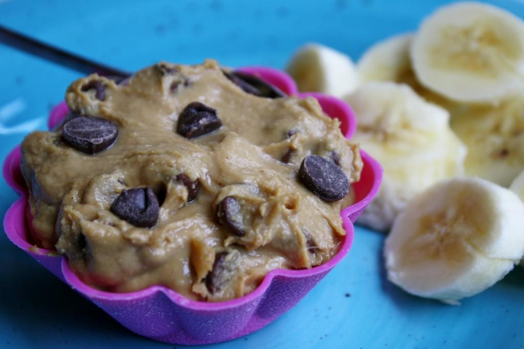 Low-Fat Peanut Butter & Chocolate Dip w/ Peanut Flour Info