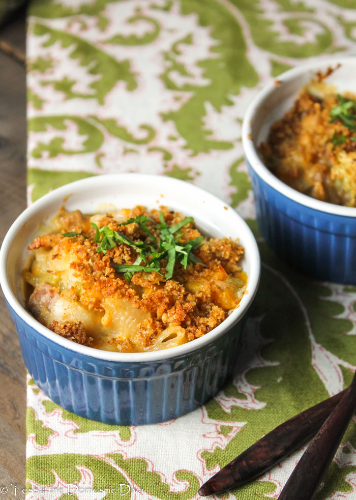 two individual ramekins filled with healthy tuna casserole with a runchy, buttery breadcrumb topping